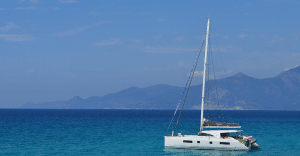 Location catamaran en Corse - bavaria-nautitech-542