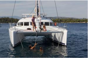Location catamaran en Corse - lagoon-380