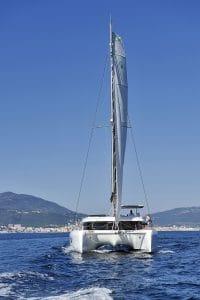 Location Catamaran en Corse - lagoon 42