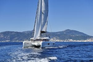 Location Catamaran en Corse - lagoon 42